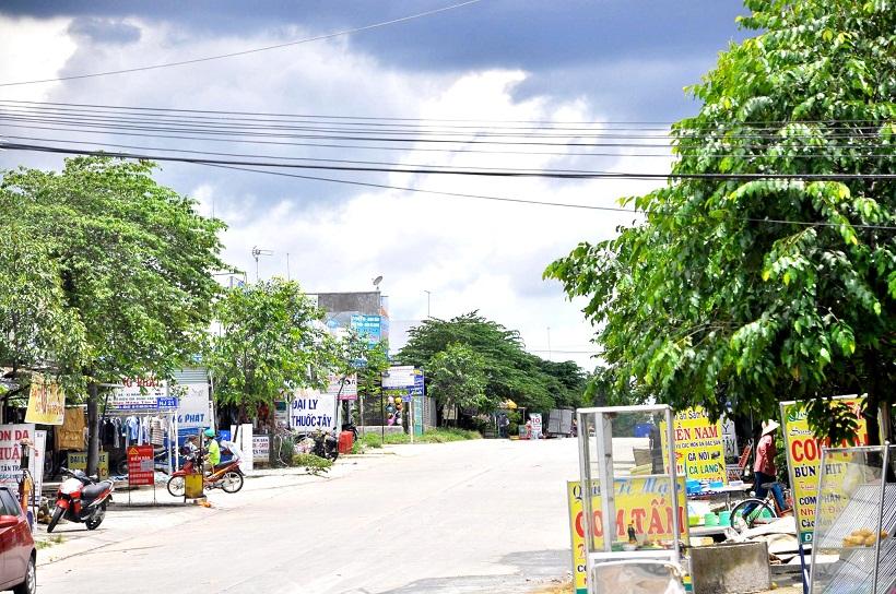 Chính chủ bán lô k20 Mỹ Phước 3 hướng bắc đối điện chợ, lo k20 dân cư đông
