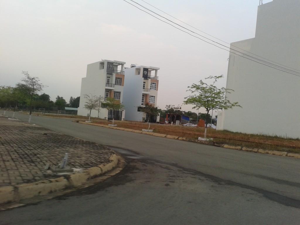đất nền gần làng đại học Thủ Đức